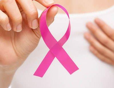 10 речей, які кожна жінка повинна знати про здоров'я грудей