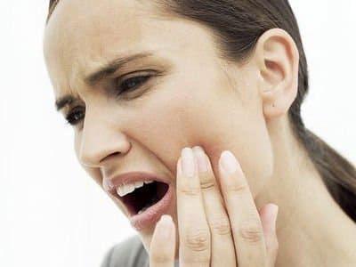 9 тривожних симптомів проблем з зубами, які не можна залишати без уваги